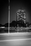 Nachtreflexionen im Wasser Lizenzfreies Stockfoto