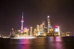 Nachtscène in de Dijk, Shanghai royalty-vrije stock fotografie