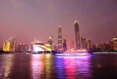 Nachtscène in guangzhoustad stock foto's