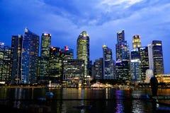 Nachtscène, Singapore Stock Afbeeldingen