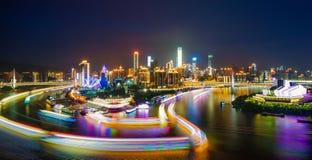 Nachtscène van Chongqing-stad royalty-vrije stock fotografie