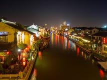 Nachtscène van de oude straat van Nan-Tchang Historisch Nan-Tchang - scen stock foto