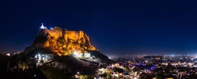 Nachtscène van Mehrangarh-Fort stock fotografie