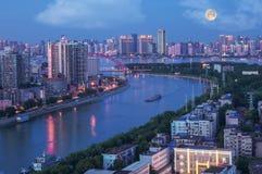 Nachtscène van mooie Wuhan royalty-vrije stock afbeeldingen