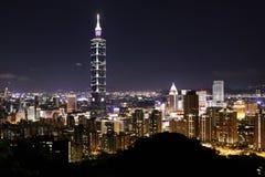 Nachtscène van TAIPEH 101 toren Stock Foto's