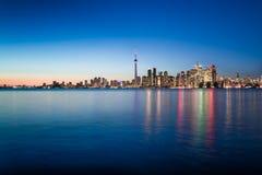Nachtscène van Toronto van de binnenstad Royalty-vrije Stock Afbeeldingen
