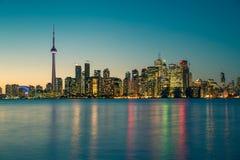 Nachtscène van Toronto van de binnenstad Stock Afbeeldingen