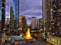 Nachtsicht von Südufer Melbournes CBD Stockfoto