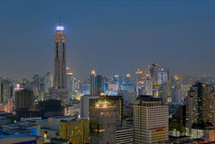 Nachtskyline von Bangkok Stockfoto