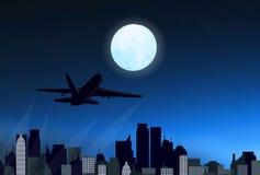Nachtstad met vliegtuig Stock Fotografie