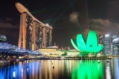 Nachtstad van Singapore Stock Foto's