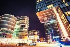 Nachtstadt osvitchene Neon Lizenzfreies Stockbild