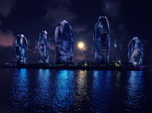 Nachtstadt - Sanya, Hainan Lizenzfreie Stockfotos