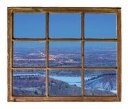 Nachtstadtbild-Fensteransicht Stockfoto