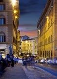 Nachtstraten van Florence, Italië stock afbeeldingen