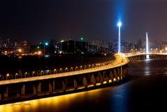 Nachtszene der Shenzhen-Schacht-Brücke Lizenzfreie Stockfotografie