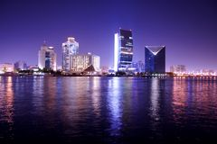 Nachtszene, Dubai, vereinigter Ara Stockbild
