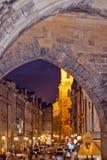 Nachtszene in Prag, Tschechische Republik Lizenzfreie Stockbilder