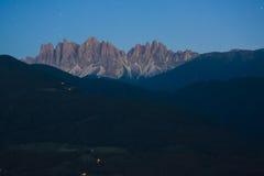 Nachtszene von Dolomit-Alpen Lizenzfreies Stockfoto