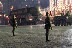 Nachtwiederholung der Parade eines Sieges Stockfotos