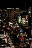 Nachtzeit auf dem Las Vegas-Streifen stockbild