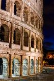 Nachtzeit Colosseum 4 lizenzfreie stockfotos