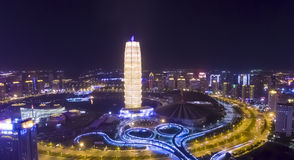 Nachtzhengzhou China royalty-vrije stock afbeeldingen
