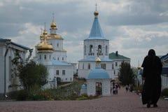 Nacimiento del monasterio femenino bendecido de la Virgen en Putivl Imagenes de archivo