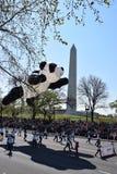 2016 nacional Cherry Blossom Parade no Washington DC Imagem de Stock Royalty Free