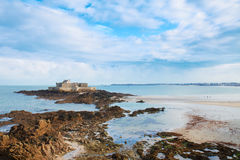 Nacional de la fortaleza, santo Malo, Bretaña, Francia Fotografía de archivo