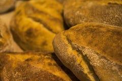 Nacos do pão Naco do pão Pão fresco na padaria Nacos do pão Foto de Stock Royalty Free