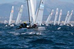 Nacra在赛船会期间的类航行在宽马略卡 库存图片