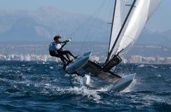 Nacra grupuje żeglowanie podczas regatta w Mallorca szczególe Zdjęcia Royalty Free