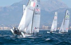 Nacra 17 klasse die tijdens regatta in palma DE Mallorca wijd varen Stock Foto