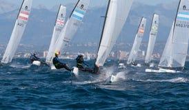 Nacra 17 klasse die tijdens regatta in palma DE Mallorca wijd varen Royalty-vrije Stock Foto
