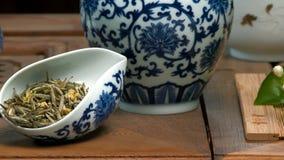 Naczynia dla herbacianej ceremonii Zakończenie stół dla herbacianej ceremonii, naczyń i akcesoriów, Obrazy Stock