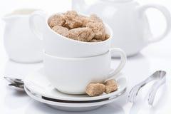Naczynia dla teatime i brown cukieru, zakończenie Fotografia Stock