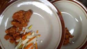 Naczynie z menu wołowina lub powszechnie nazwany rendang z zalewami obraz stock