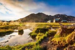Nad źródło termiczna wodna kontrpara wzrasta zdjęcia royalty free