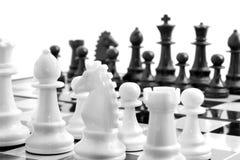 nad biel deskowy szachy Obraz Royalty Free