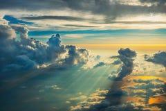 Nad chmury na zmierzchu Obraz Royalty Free