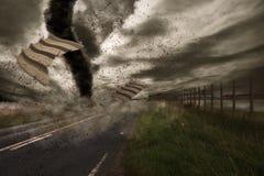 Nad drogą wielki tornado Zdjęcie Stock