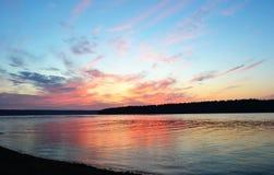 Nad jeziorem lato zmierzch Zdjęcie Royalty Free