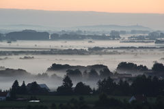 Nad mgła wschód słońca Obraz Royalty Free