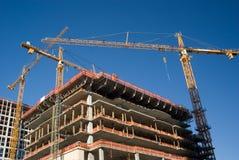nad miejsca kolor żółty budowa żurawie trzy Obrazy Stock