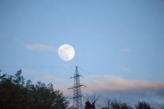 nad morzem księżyc w pełni noc zdjęcia stock