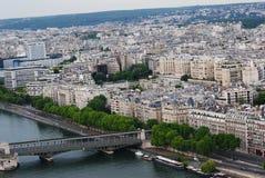 nad Paris wontonem bridżowy pejzaż miejski Fotografia Royalty Free