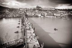 nad Prague widok bridżowy grodowy Charles Obraz Stock