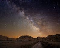 Nad pustynią pustynia Sposób zdjęcia stock