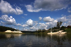 nad rzeką bridżowy chusovaya Zdjęcia Stock